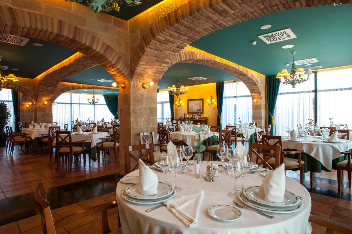 RESTAURANTE HOTEL VILLA DE ALMAZÁN